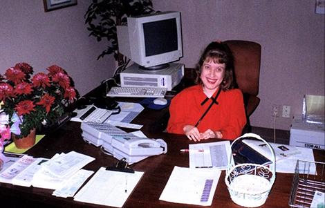 Volunteer front desk receptionist